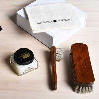 Distinctly Different schoenpoets giftbox